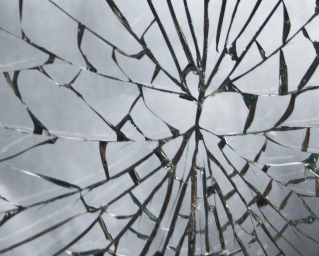 a.ba.dec répare vos vitres Indre et Loire (37)