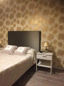 Chambre tête de lit florale papier peint Miss Print Saint Cyr sur Loire