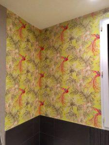 Salle de bain pose papier peint oiseaux Notre Dame d'Oé